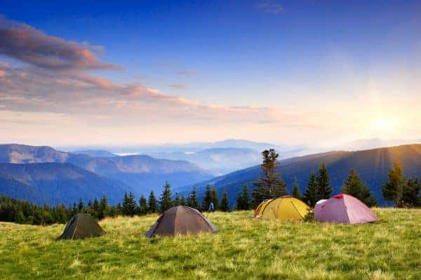 Pros and cons of hammocks and tents
