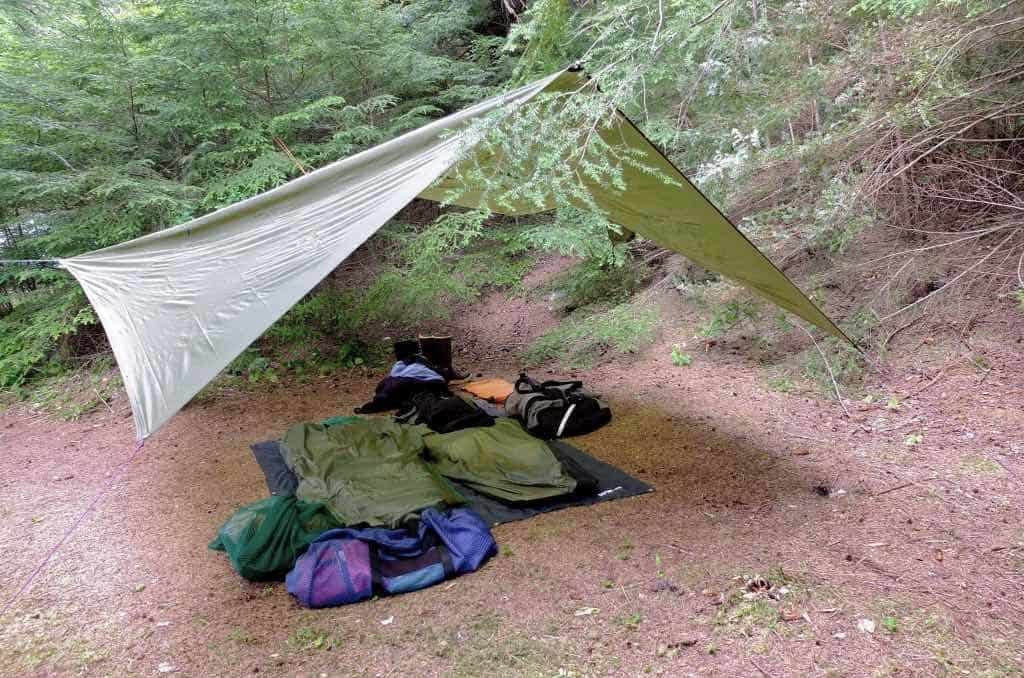 tarps are easy to setup and lightweight