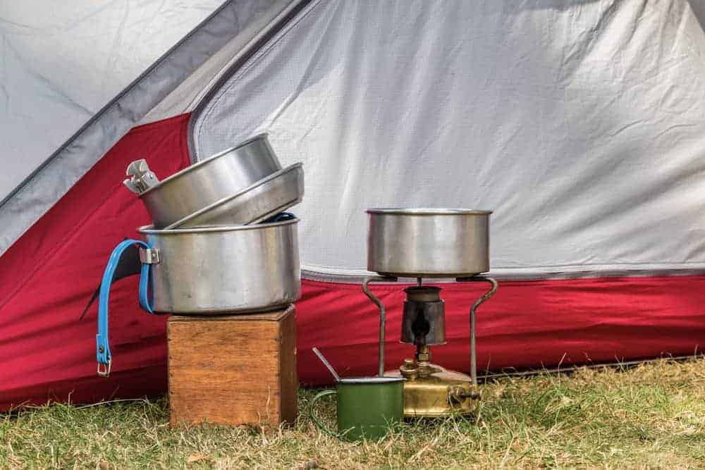 best backpacking mess kit is lightweight