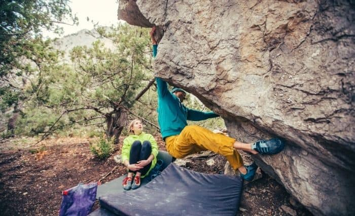 how to fall while bouldering