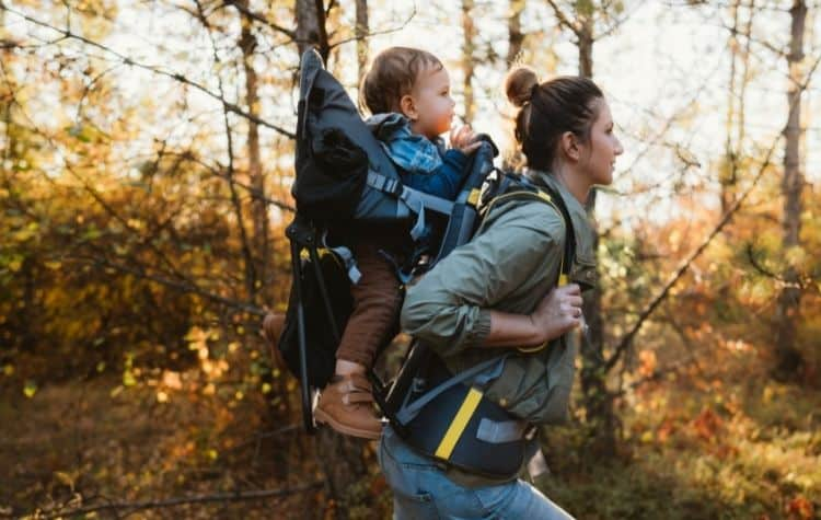 mom hiking baby carrier