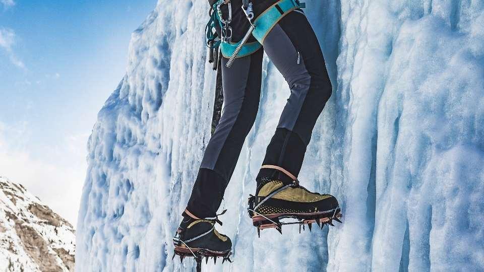 hanging off ice wall using hybrid crampon