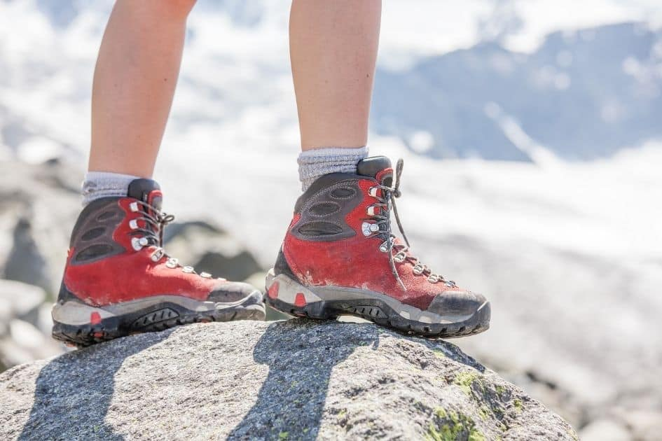 How to pick the best mountaineering boots